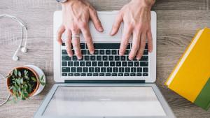 What Does a Freelance Copywriter Do